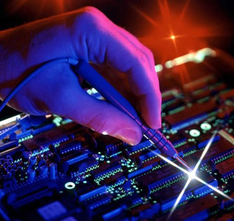 نمایشگاه کامپیوتر و الکترونیک سنندج 96
